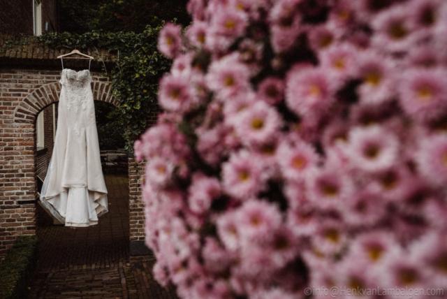 Bruidsjapon van Leonora Couture, bloemen
